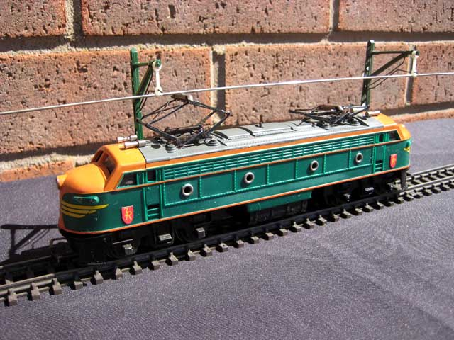 The Transcontinental Double Ended Electric Locomotive was produced originally in orange and green with Tri-ang Railways on the side.